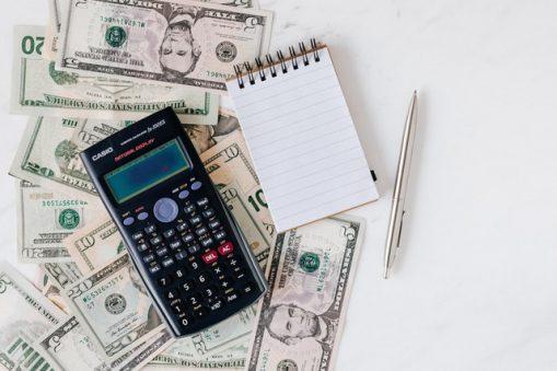 Finanse firmowe i osobiste – jak je okiełznać?